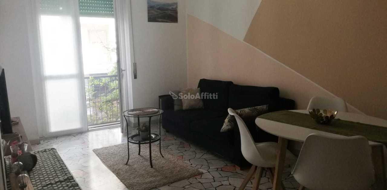 Appartamento in affitto a Novara, 3 locali, prezzo € 600 | CambioCasa.it