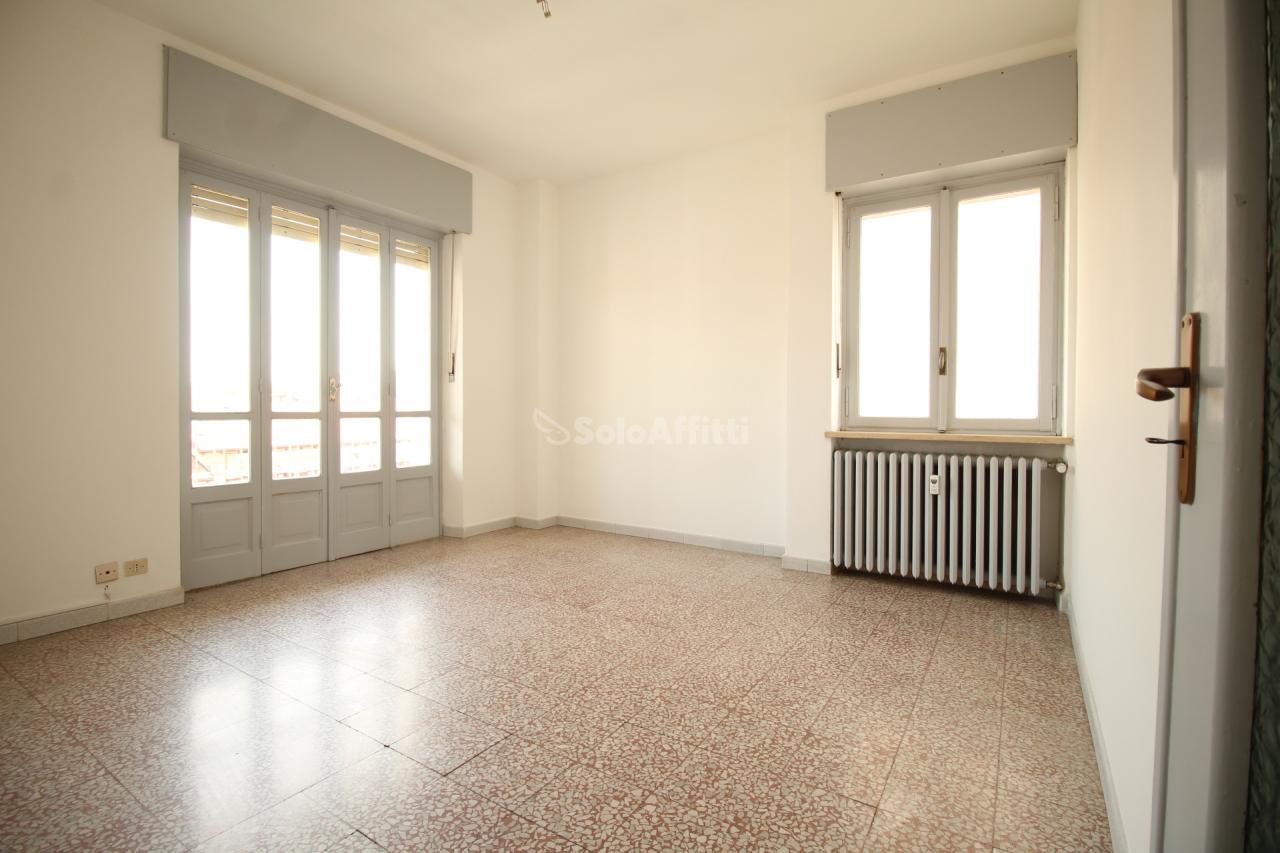 Quadrilocale in buone condizioni in affitto Rif. 4131927