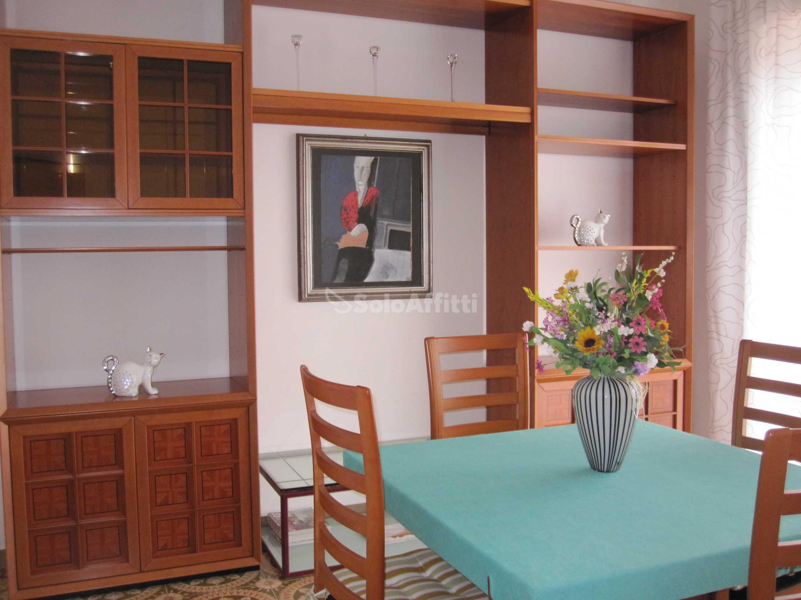 Affitto appartamento bilocale arredato 75 mq for Affitto bilocale arredato