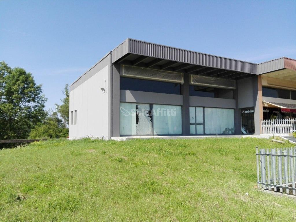 Laboratorio a Andezeno Rif. 10689416