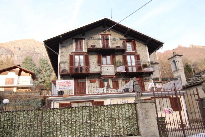 Bilocale ristrutturato arredato in affitto Rif. 10115903