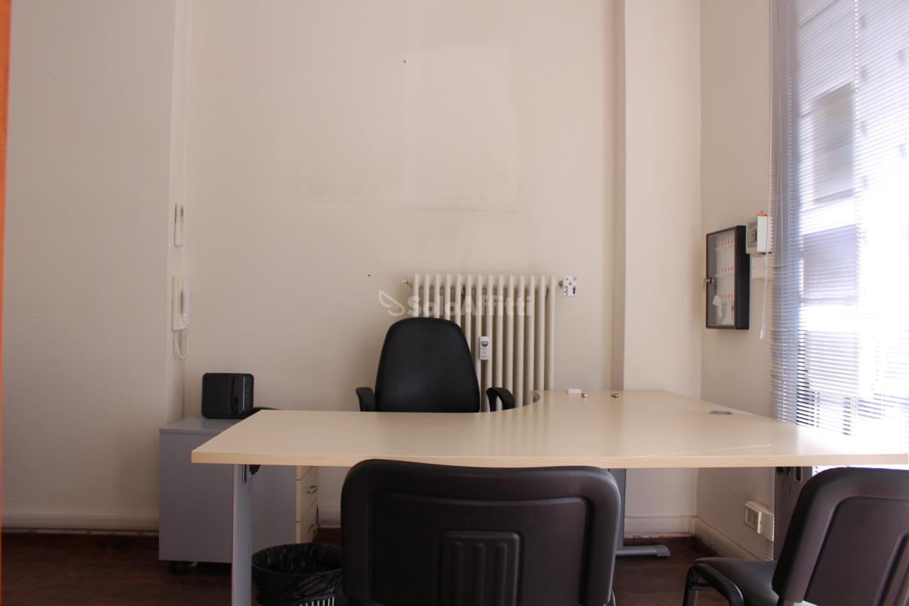 Ufficio - 2 locali a Centro Storico, Cesena Rif. 10395346