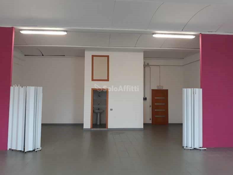 Fondo/negozio - Altro a Coroncina, Siena Rif. 8558618