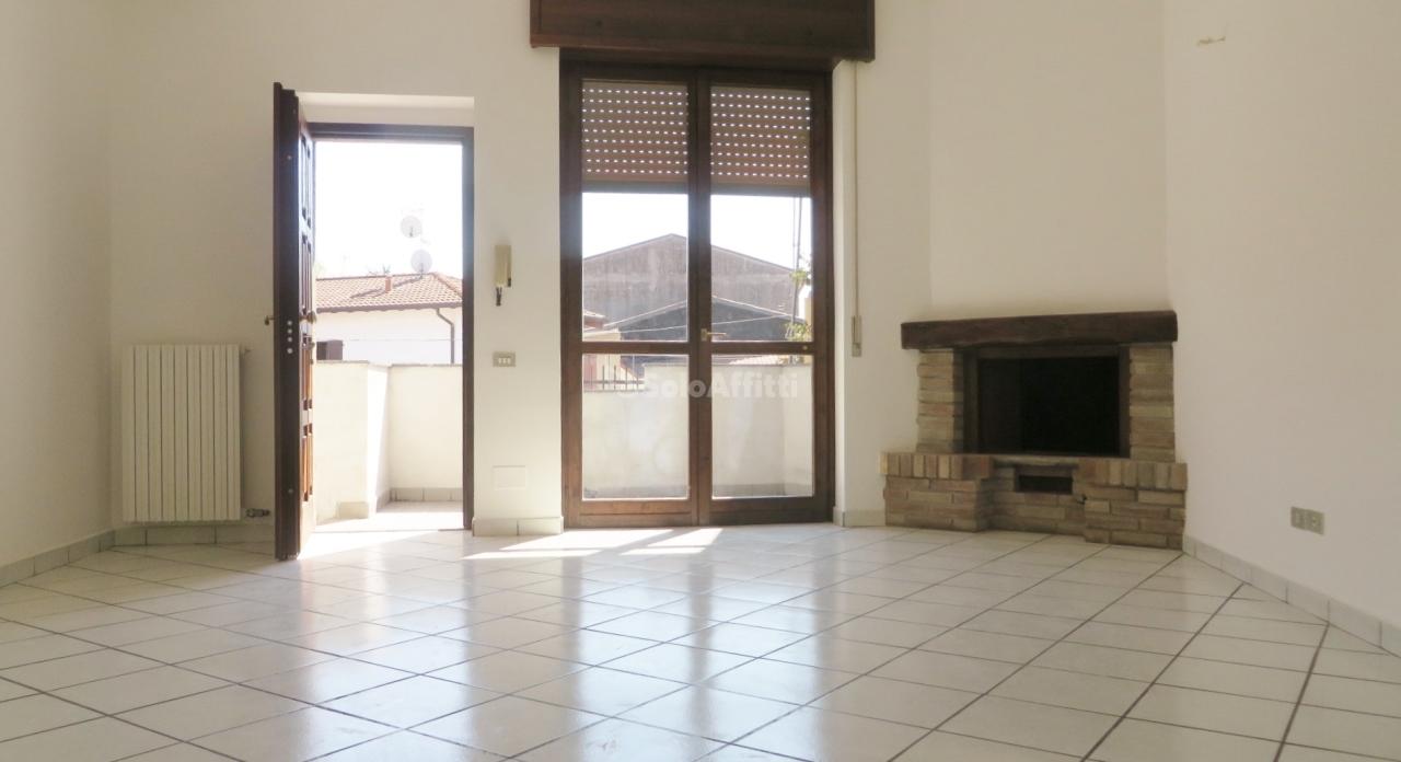 Appartamento in affitto a Casorezzo, 3 locali, prezzo € 650   PortaleAgenzieImmobiliari.it
