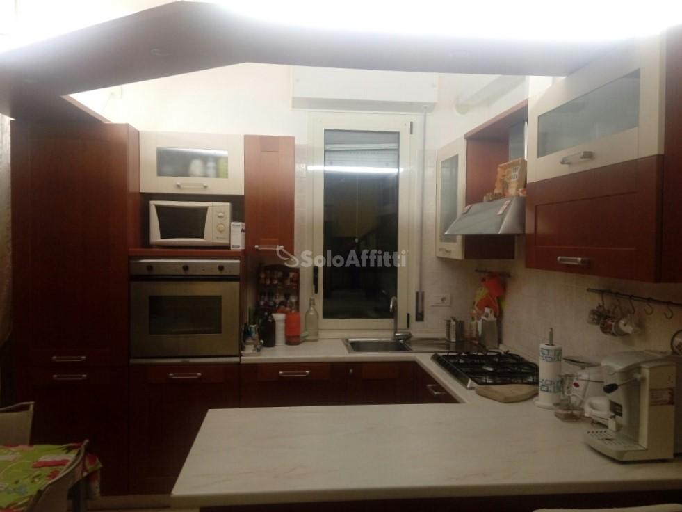 Bilocale in ottime condizioni arredato in affitto Rif. 5436816