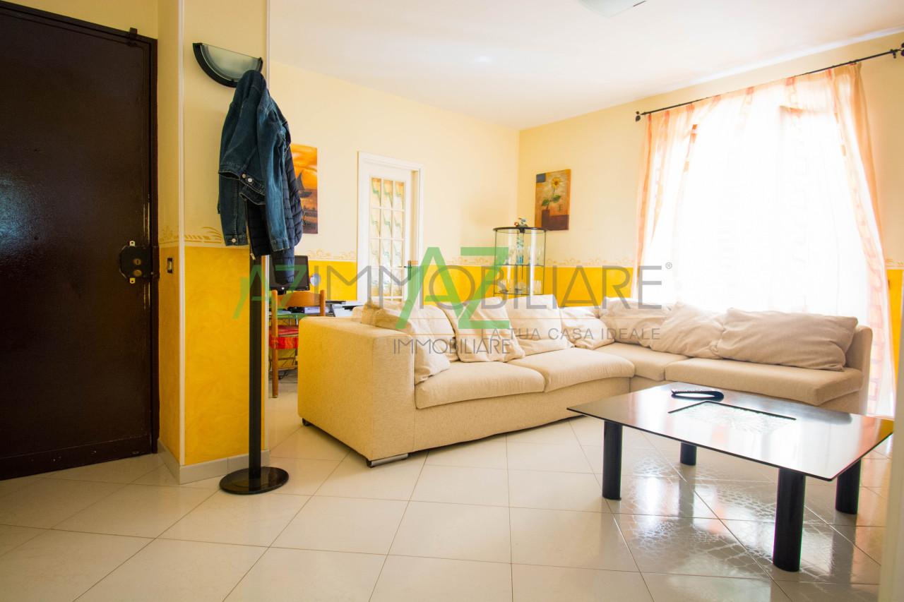 Appartamento in ottime condizioni in vendita Rif. 8353169