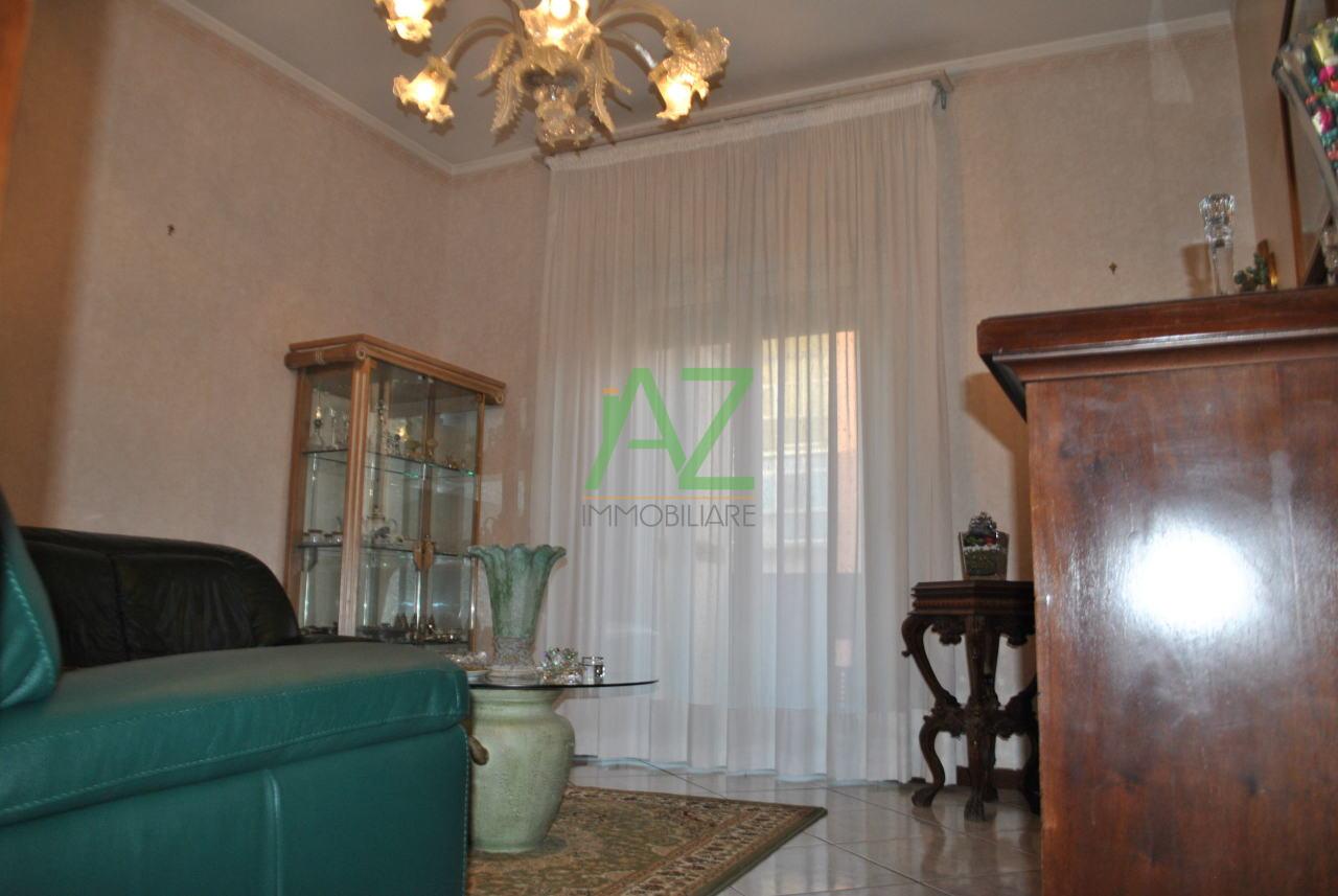 Appartamento in ottime condizioni in vendita Rif. 6930583