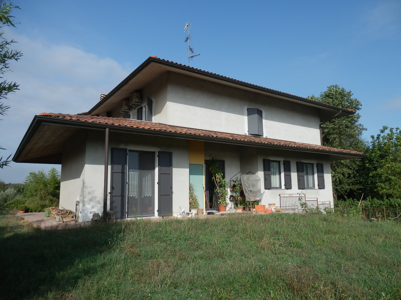 Villetta a schiera in ottime condizioni in vendita Rif. 11178886