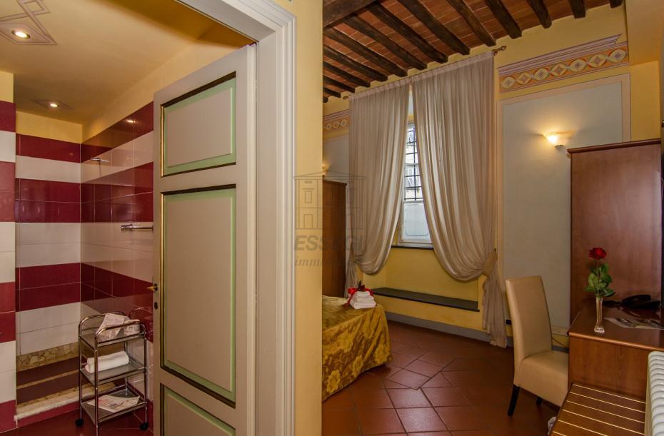 Appartamento Lucca Centro storico IA02635 img 3