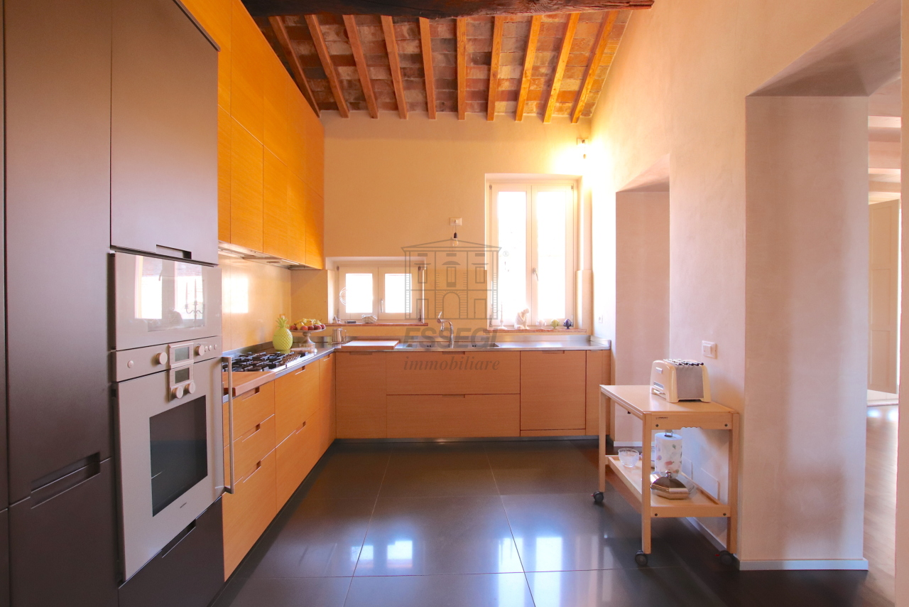 Appartamento Lucca Centro storico IA03502 img 25