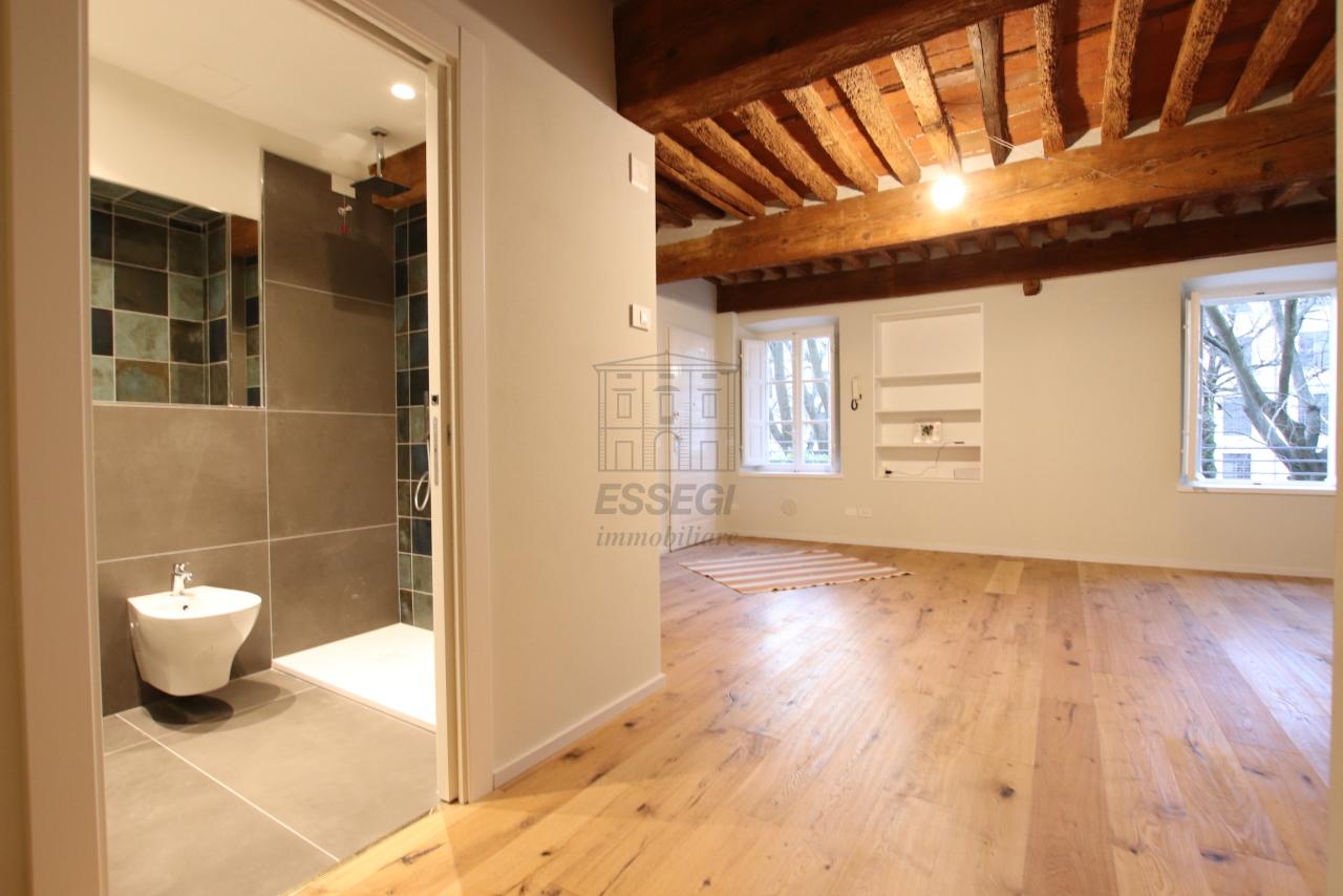 Appartamento Lucca Centro storico IA03520 img 2