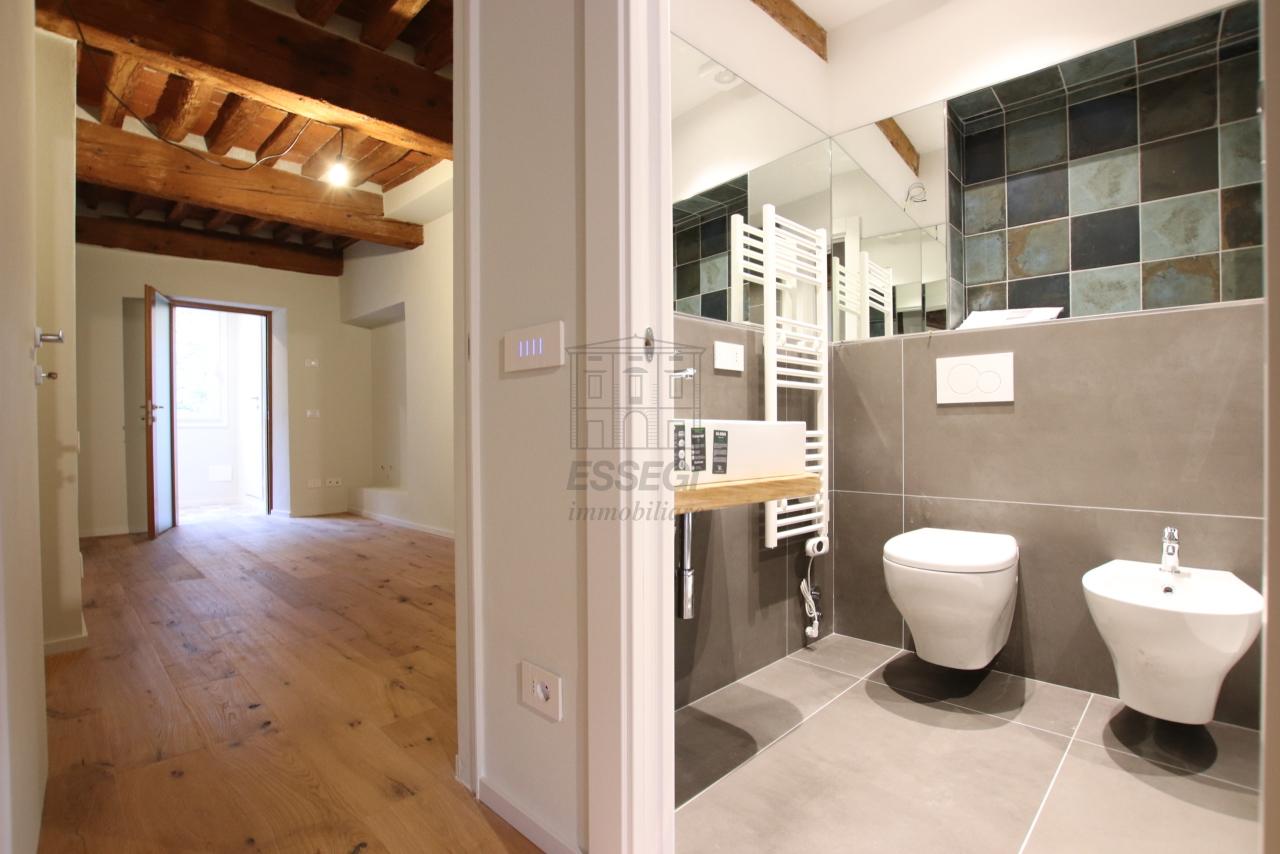 Appartamento Lucca Centro storico IA03520 img 7