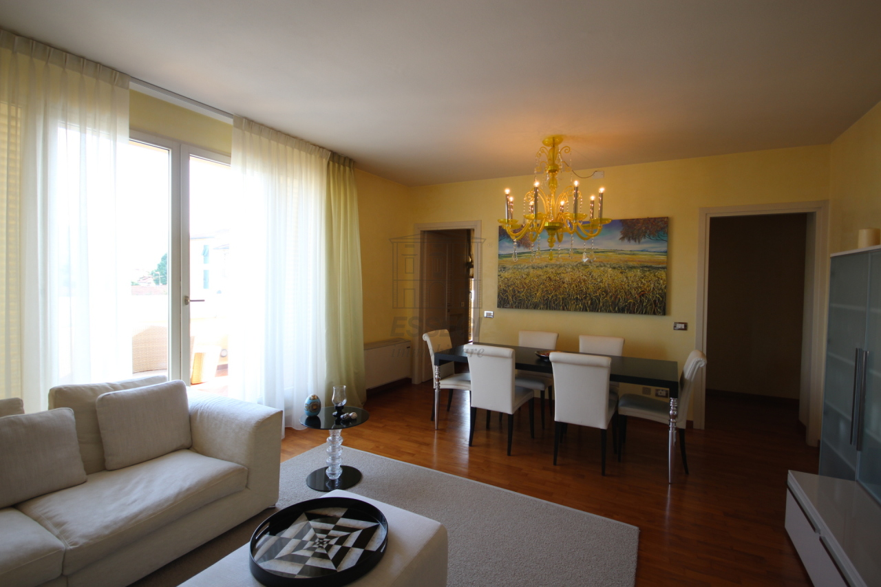 Appartamento Lucca S. Anna IA02828 img 4