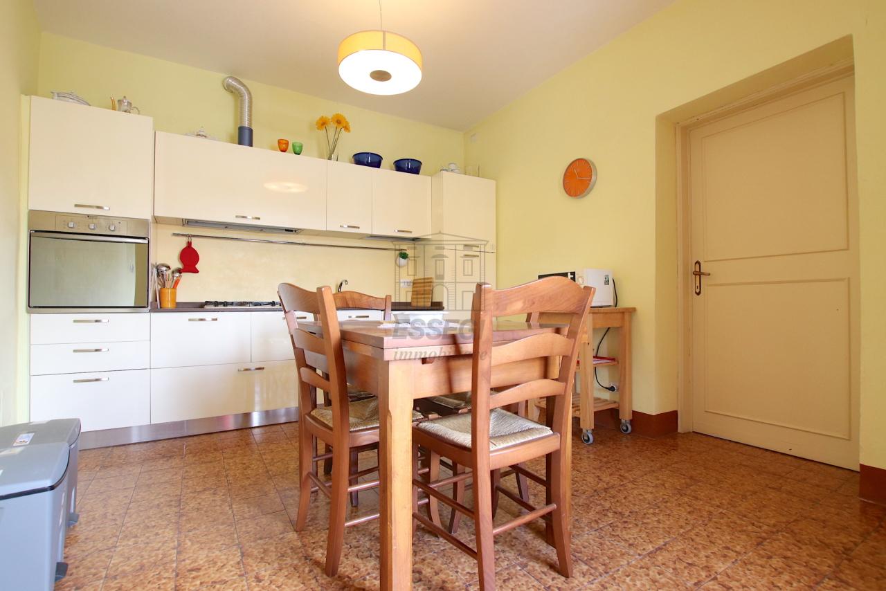 Appartamento Lucca Centro storico IA03538 img 7
