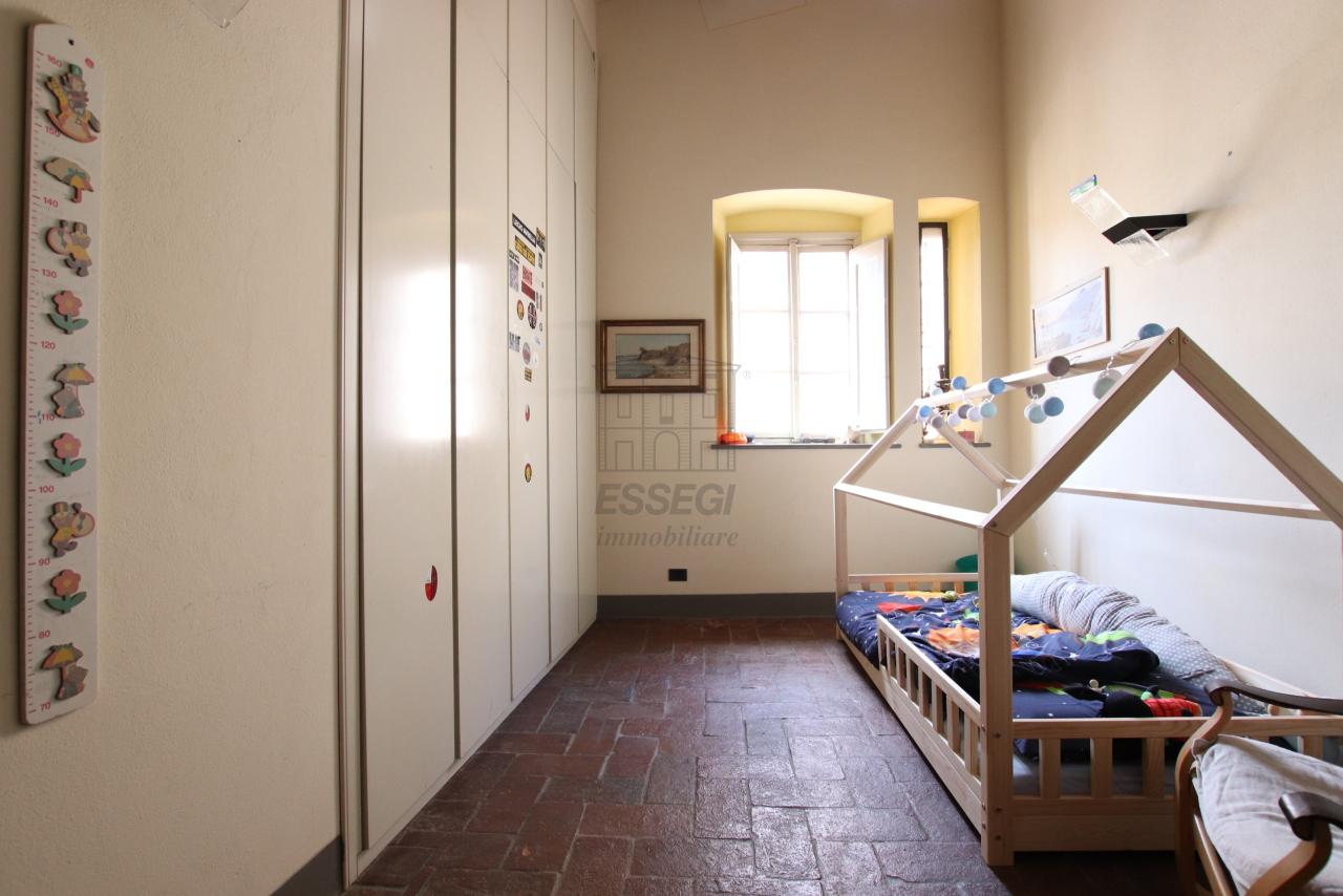 Appartamento Lucca Centro storico IA03533 img 8