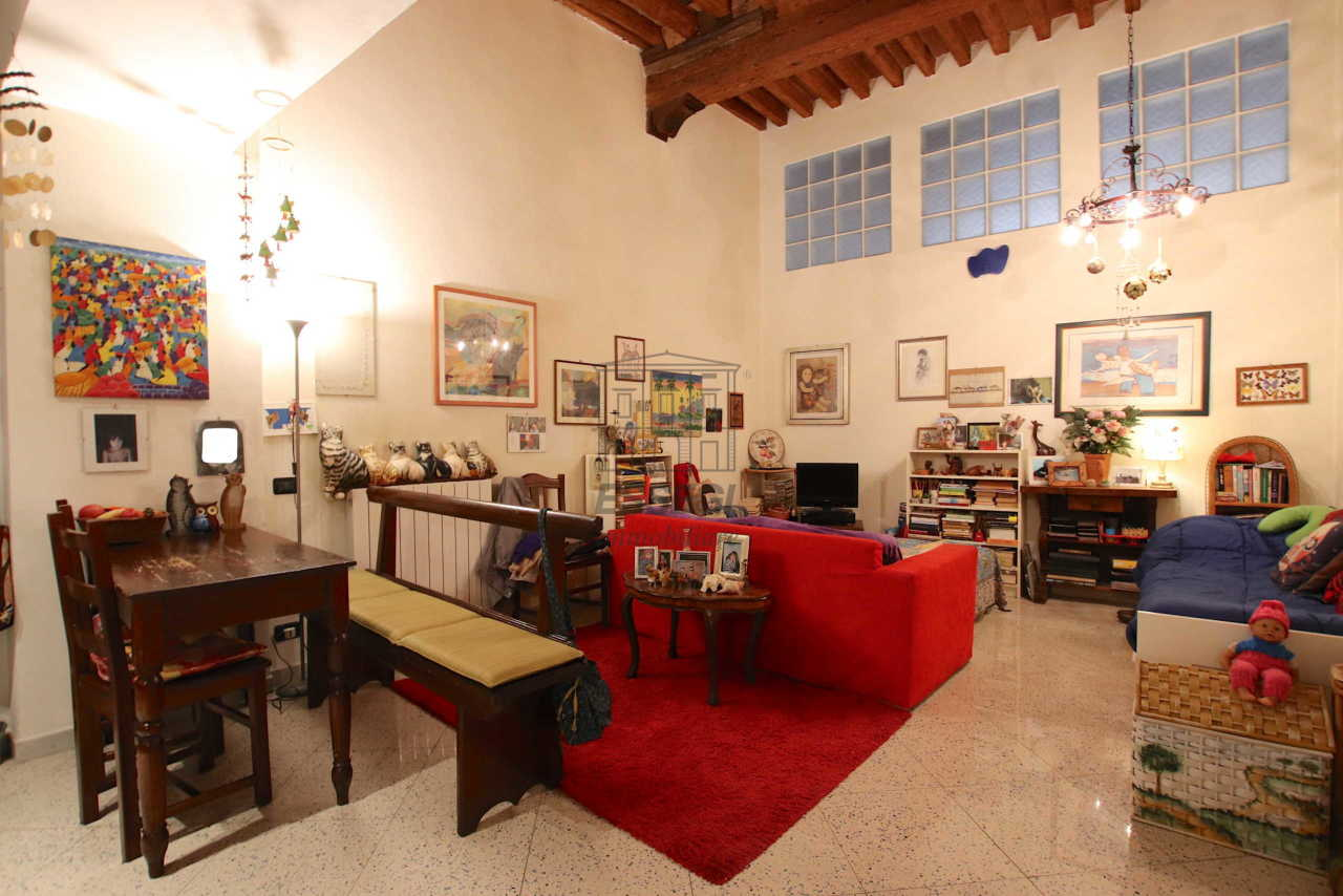 Appartamento Lucca Centro storico IA03516 img 2