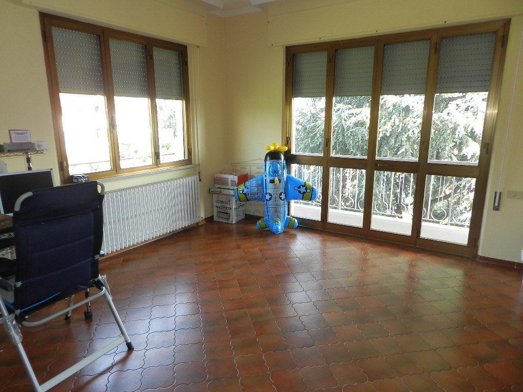 Appartamento Lucca IA03375 img 2