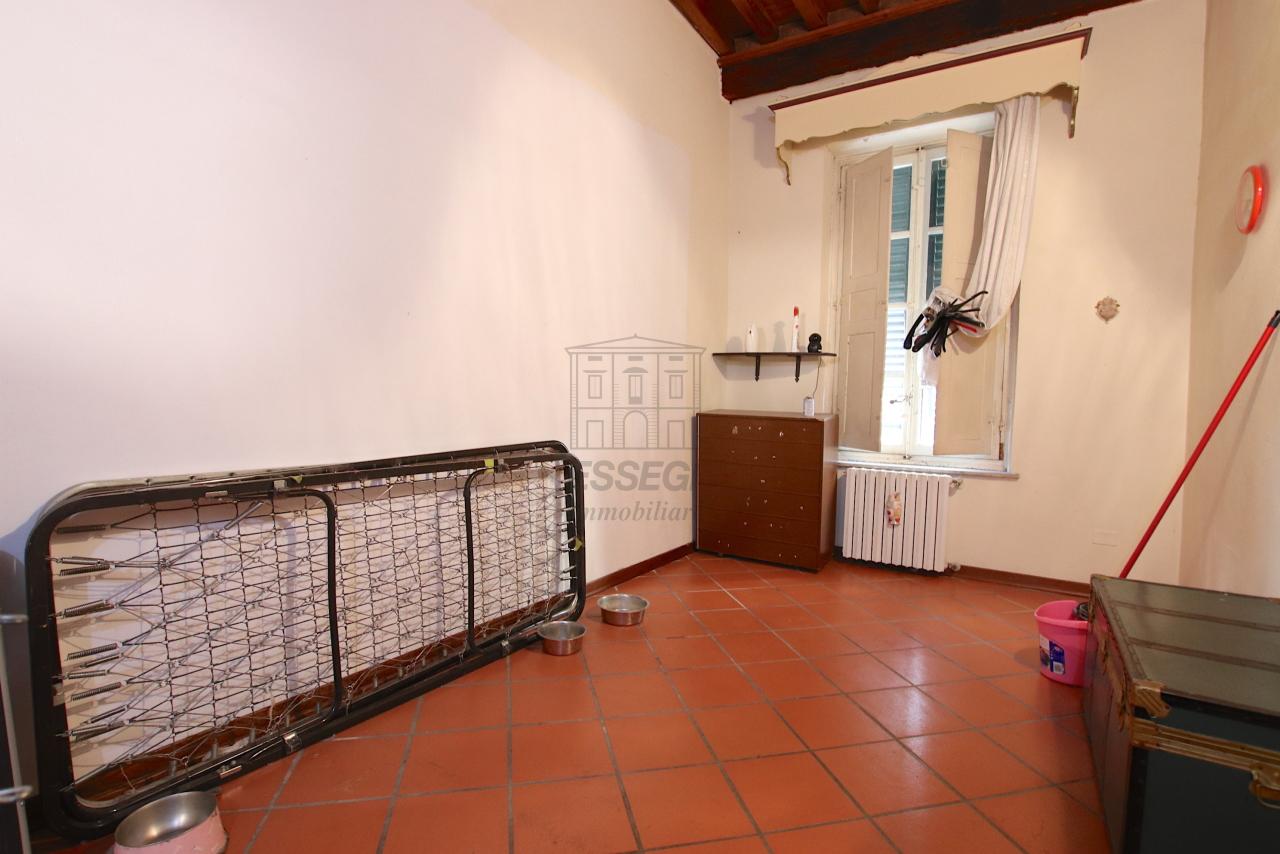 Appartamento Lucca Centro storico IA00362 img 25