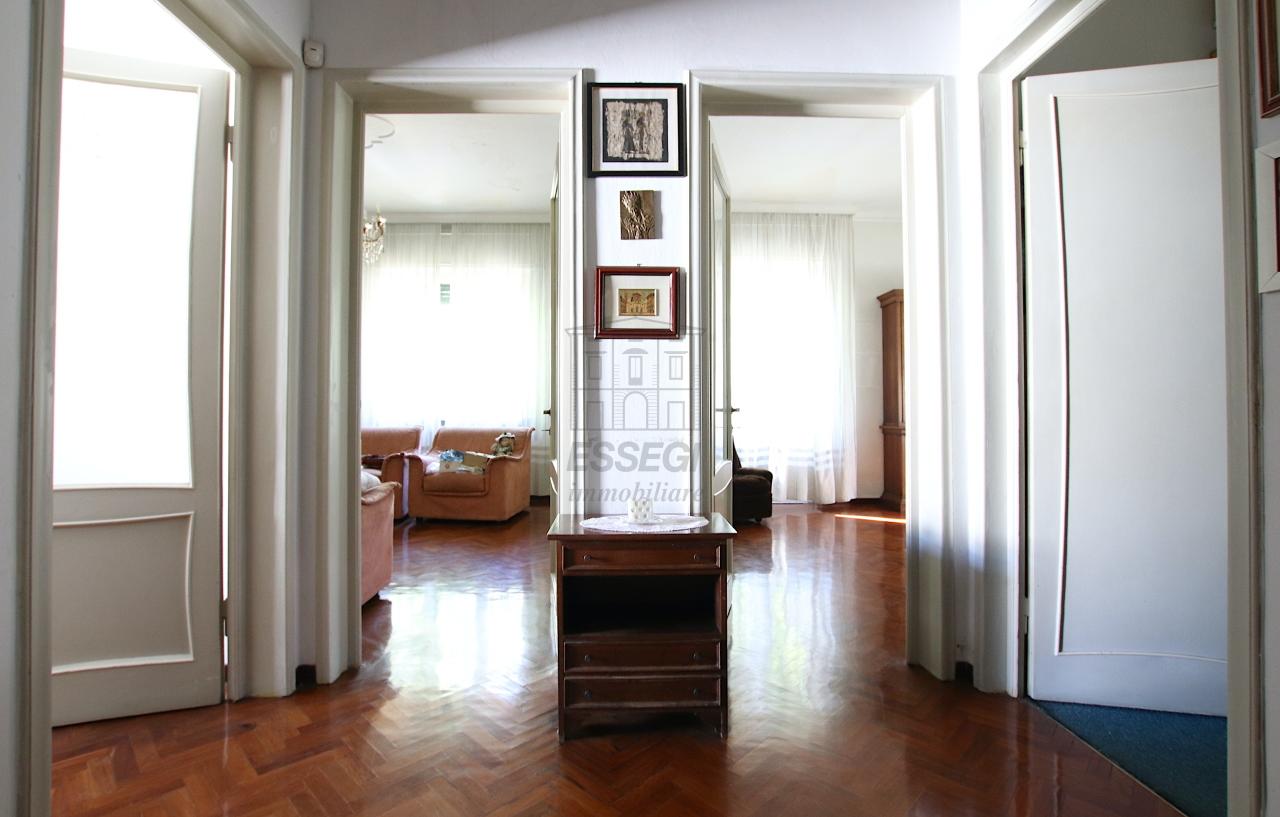 Appartamento Lucca S. Anna IA02053 img 9