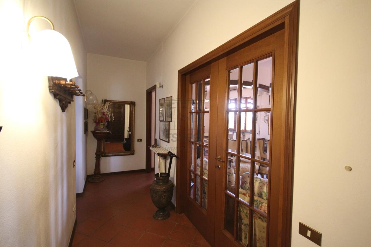 Villa divisa in due unità Lucca S. Cassiano a Vico IA03434 img 12