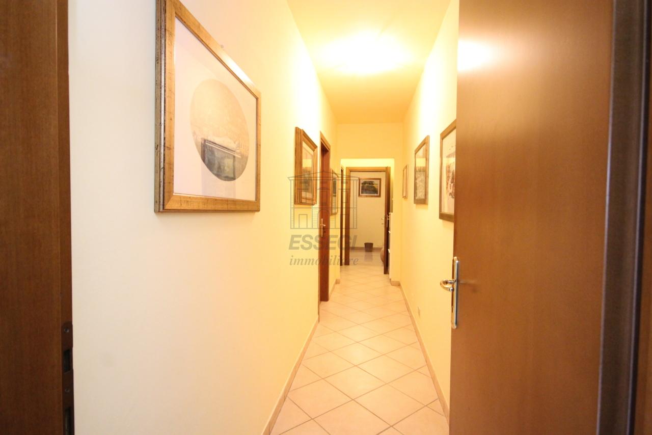 Villa divisa in due unità Capannori Lunata IA01745 img 7