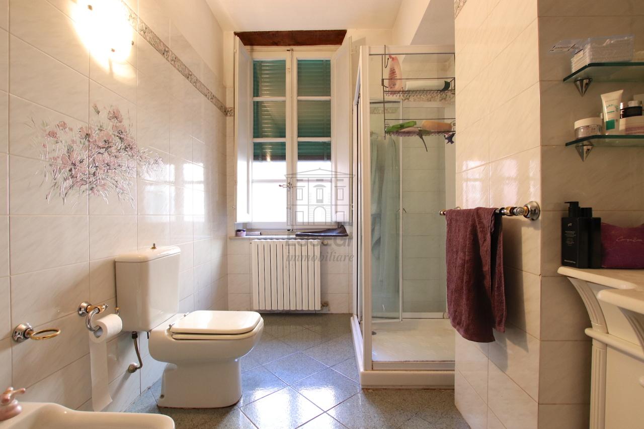 Appartamento Lucca Centro storico IA00362 img 21