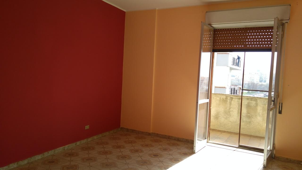 Appartamento in vendita a Reggio Calabria, 2 locali, prezzo € 43.000 | CambioCasa.it