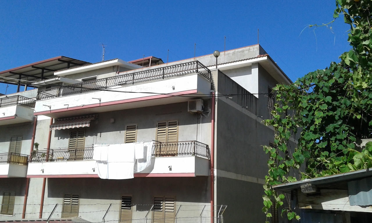 Appartamento in vendita a Bova Marina, 2 locali, prezzo € 45.000 | CambioCasa.it