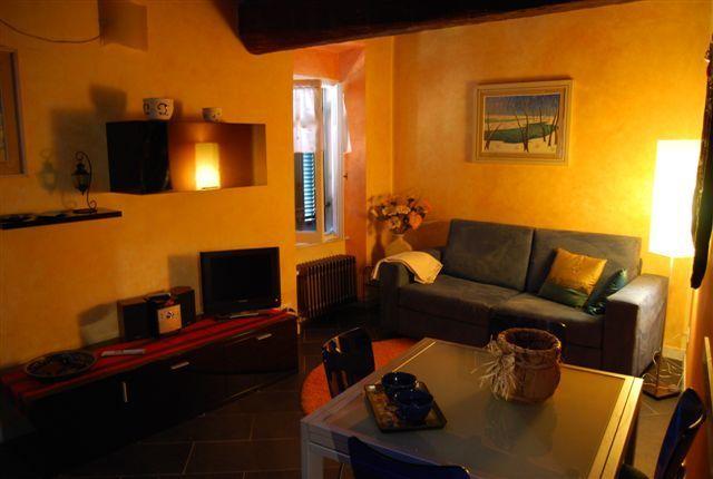 Appartamento ristrutturato arredato in affitto Rif. 9957730