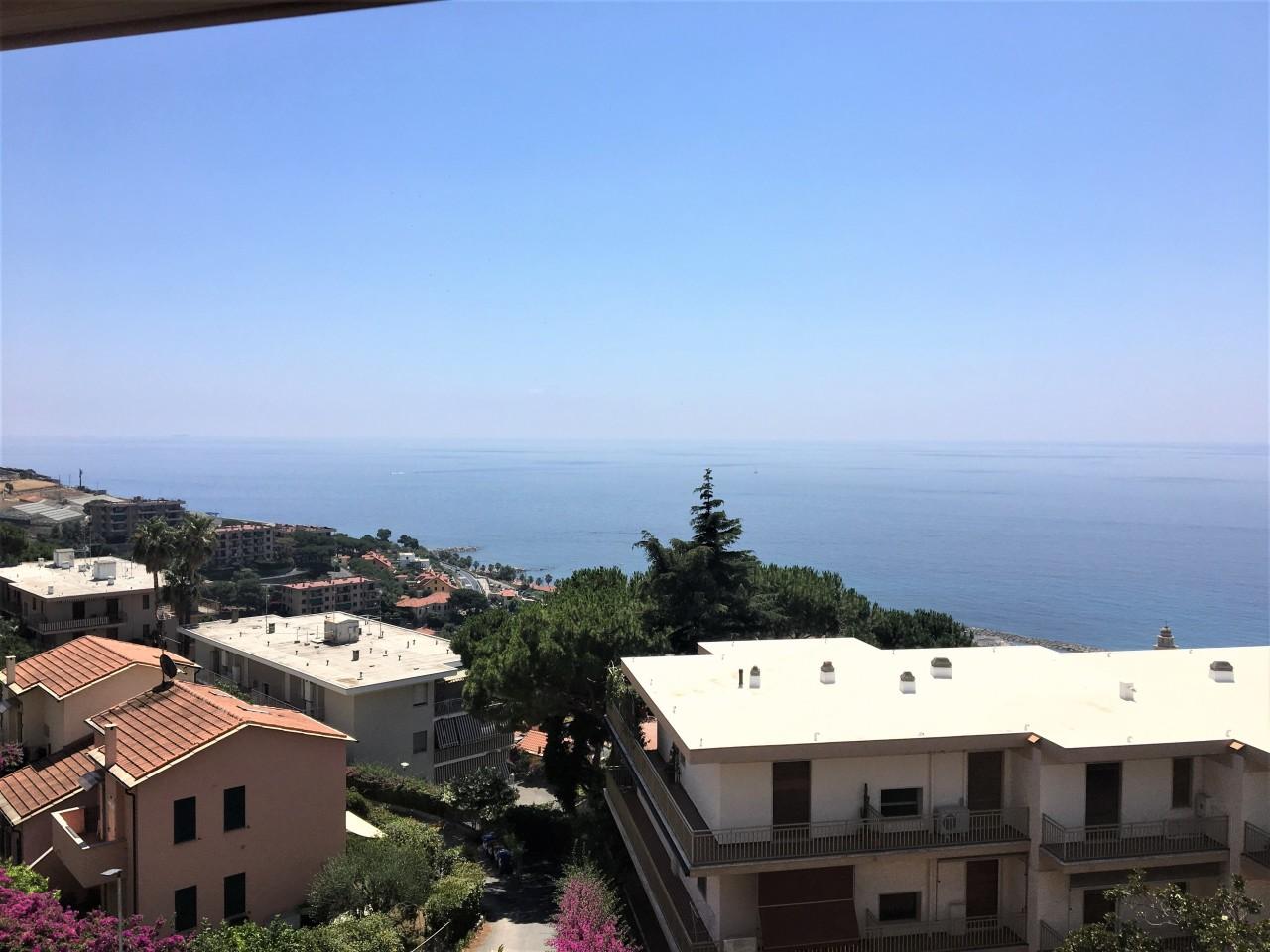 Appartamento in vendita a Santo Stefano al Mare, 3 locali, prezzo € 239.000   PortaleAgenzieImmobiliari.it