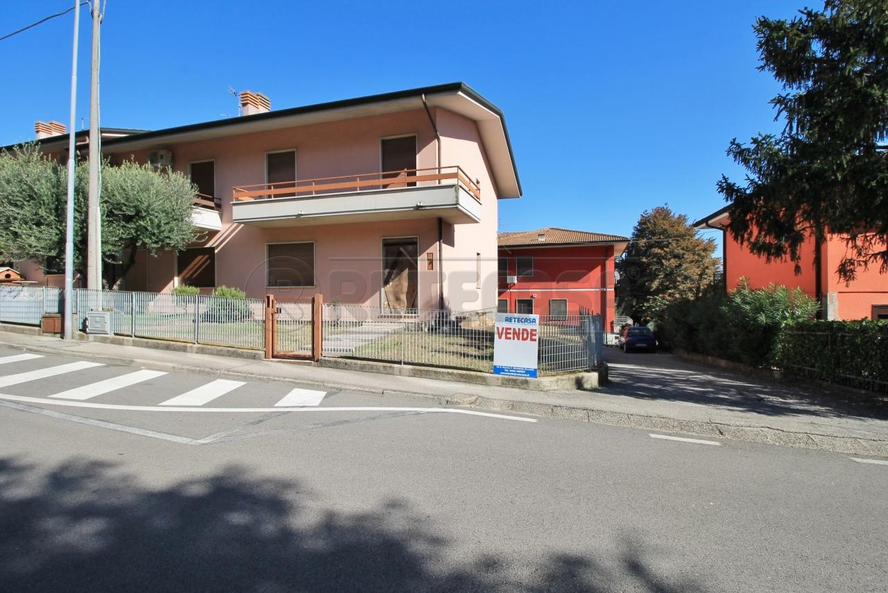 Villa a Schiera in Vendita a Montorso Vicentino