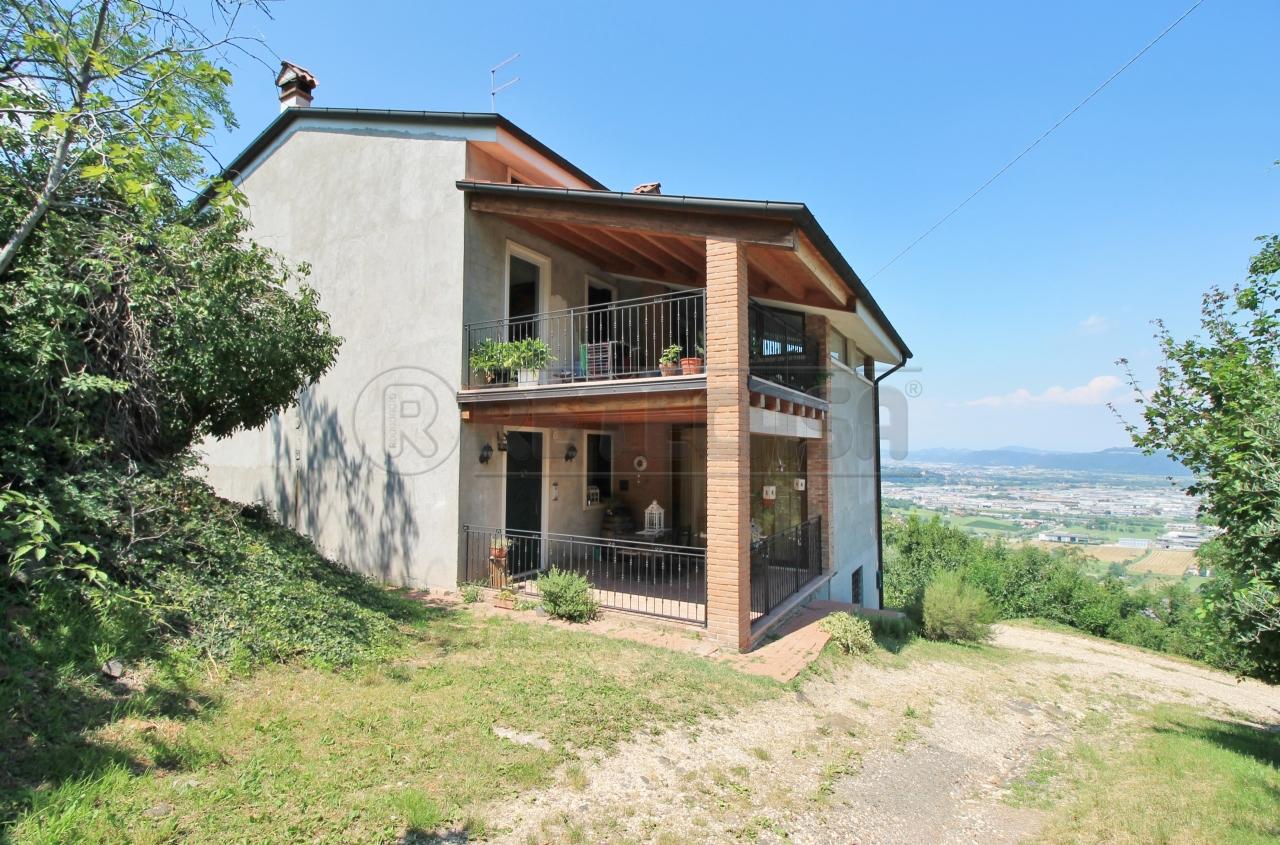 Soluzione Semindipendente in vendita a Montorso Vicentino, 5 locali, prezzo € 140.000   CambioCasa.it