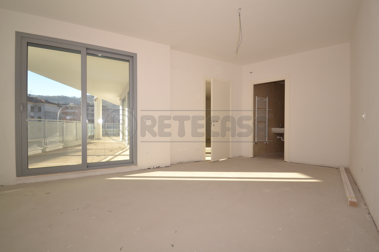 Appartamento in vendita a Valdagno, 6 locali, prezzo € 185.000 | PortaleAgenzieImmobiliari.it
