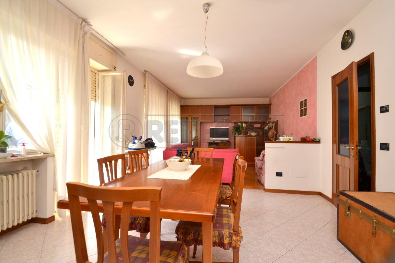 Appartamento in vendita a Recoaro Terme, 6 locali, prezzo € 52.000 | PortaleAgenzieImmobiliari.it