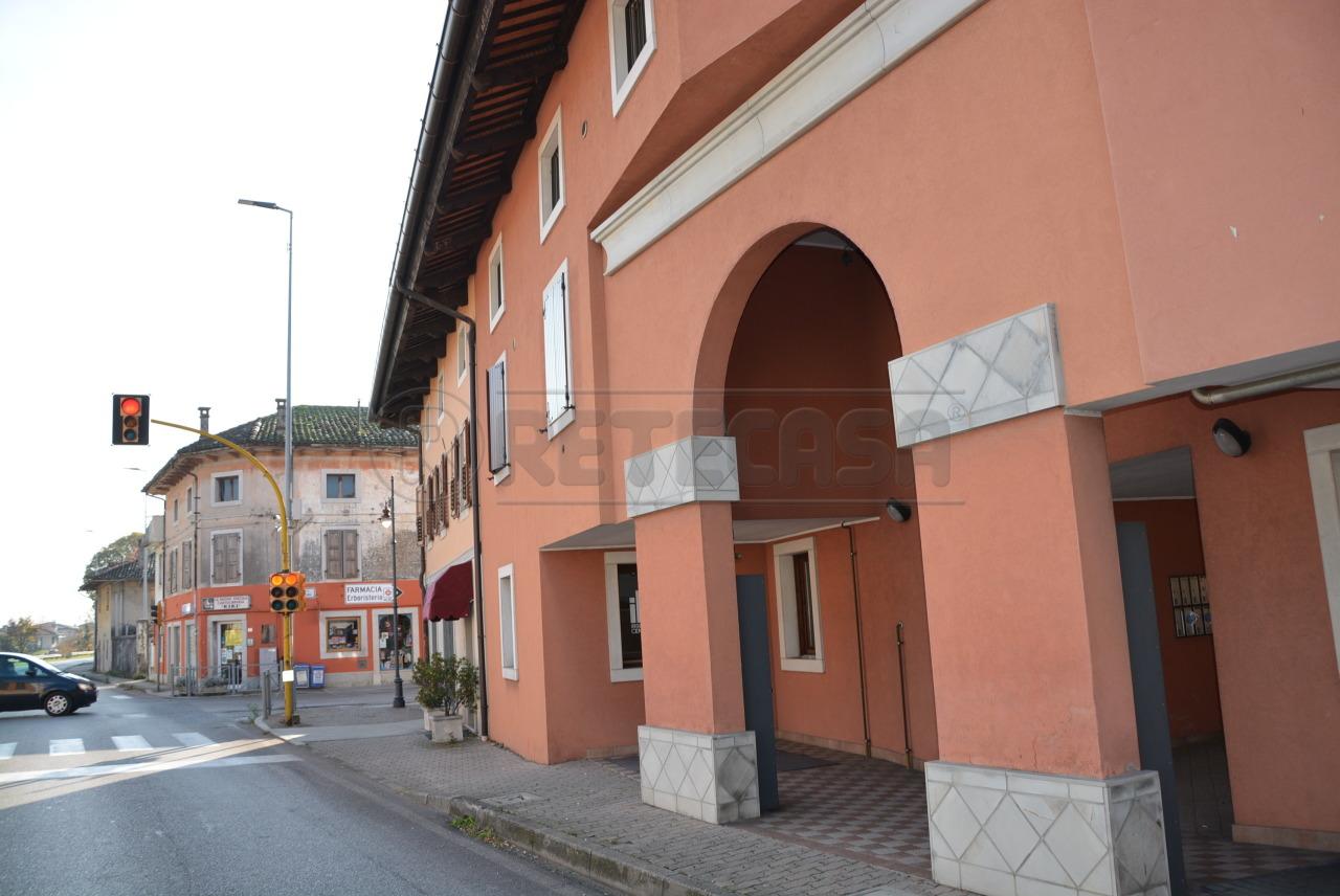 A Santa Maria La Longa Appartamento  in Vendita