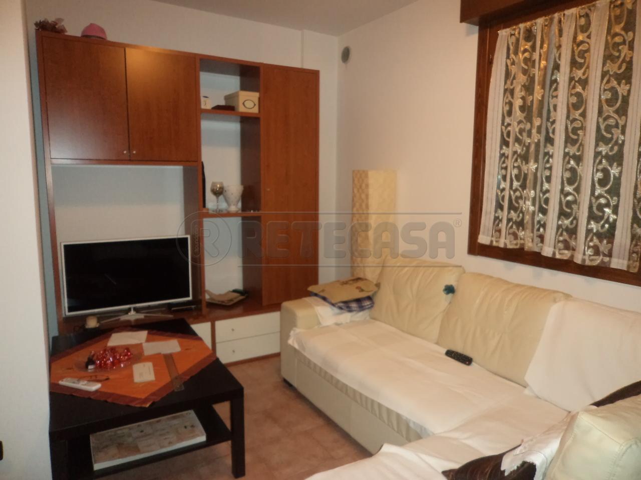 Appartamento in buone condizioni in vendita Rif. 7503482