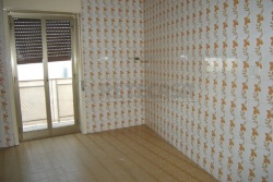 Trilocale in Vendita a Caltanissetta, 50'000€, 80 m²