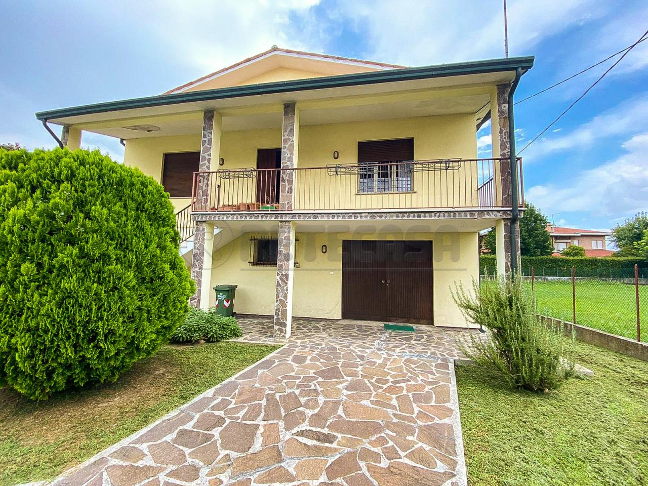 Villa in vendita a Camisano Vicentino, 8 locali, prezzo € 171.000 | PortaleAgenzieImmobiliari.it