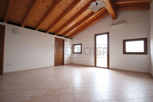 Appartamento - Midiappartamento a Longara, Vicenza