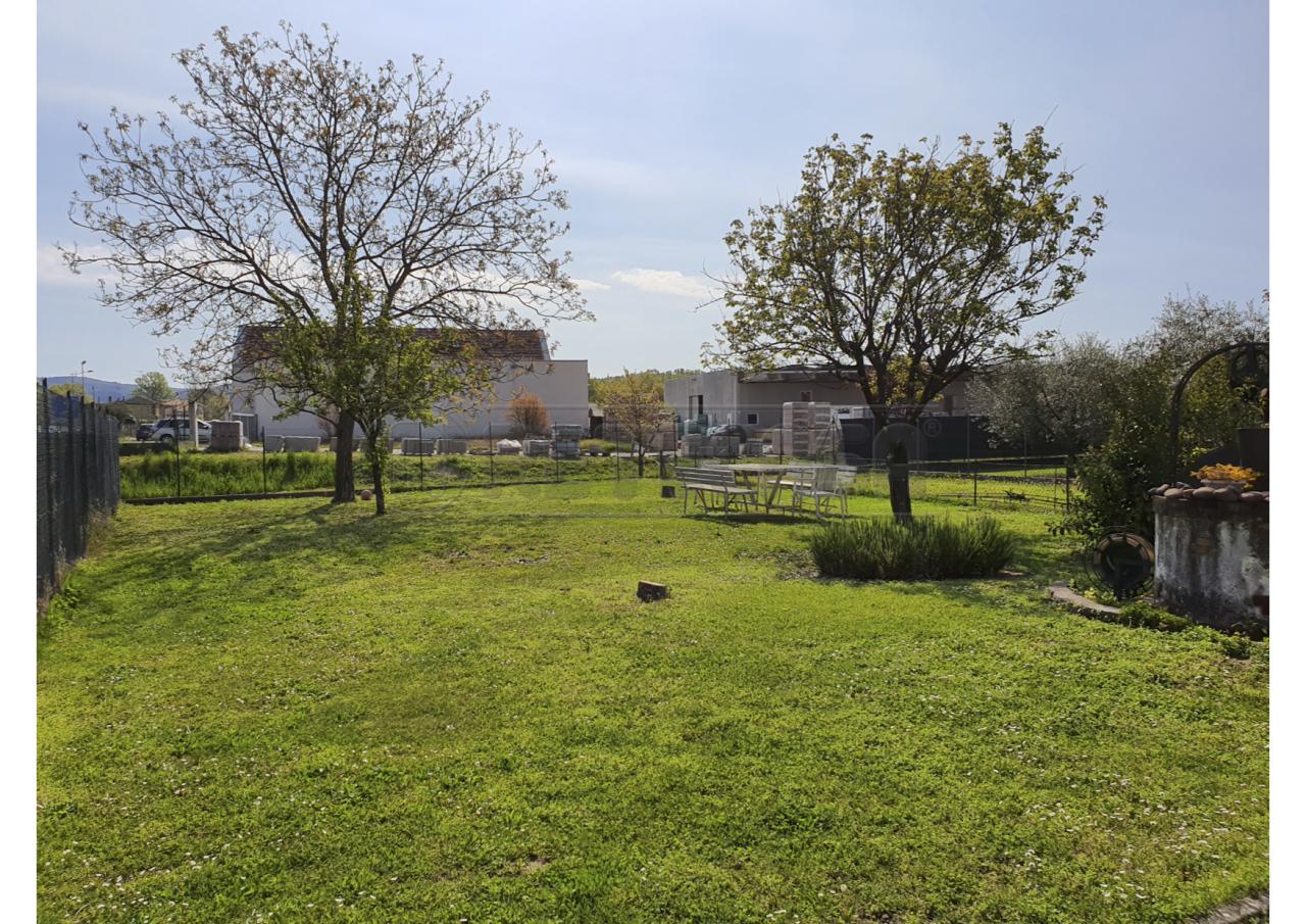 Terreno Edificabile Residenziale in vendita a Gradisca d'Isonzo, 1 locali, prezzo € 49.000   CambioCasa.it
