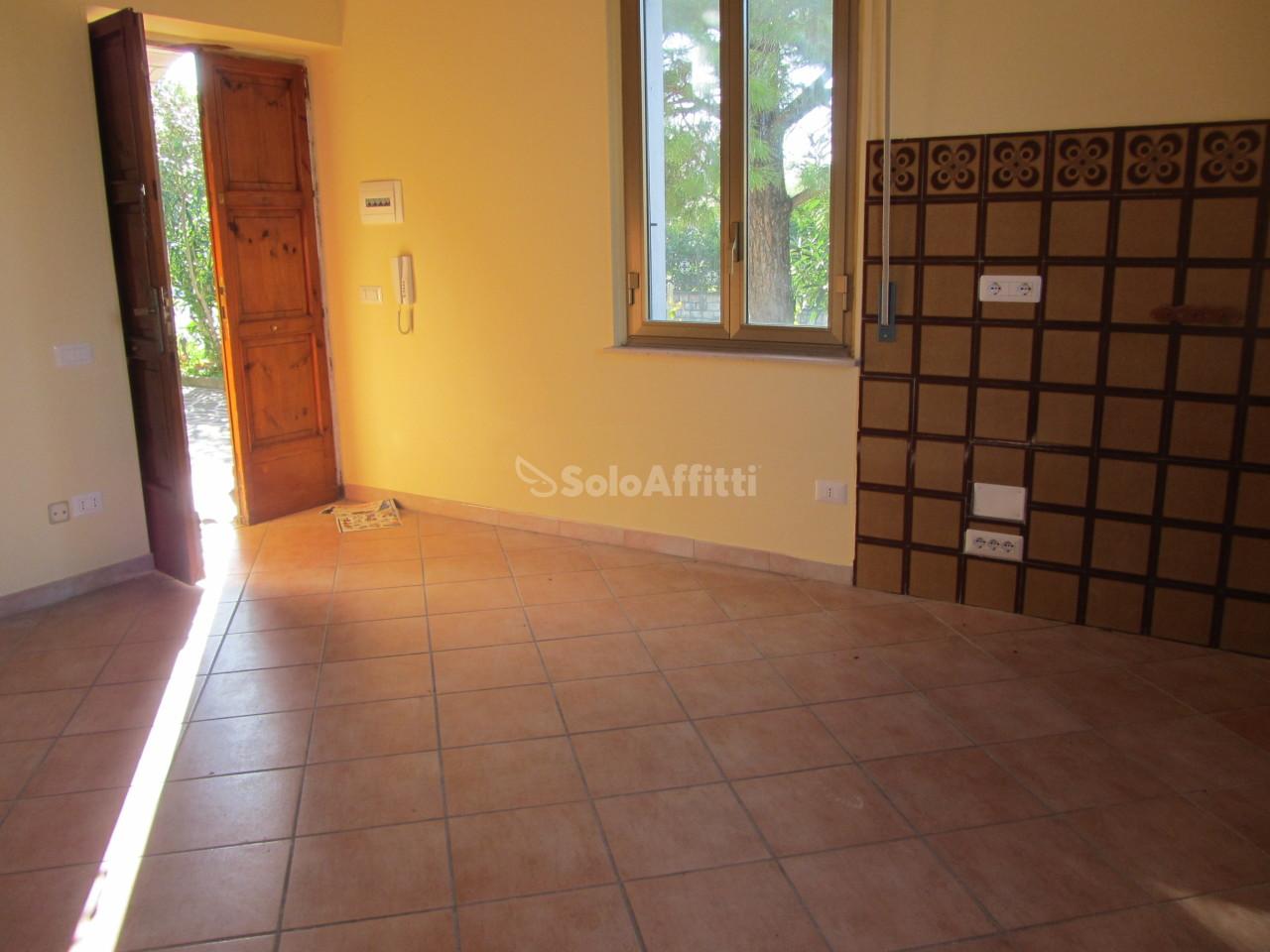 Appartamento - Bilocale a Collescipoli, Terni