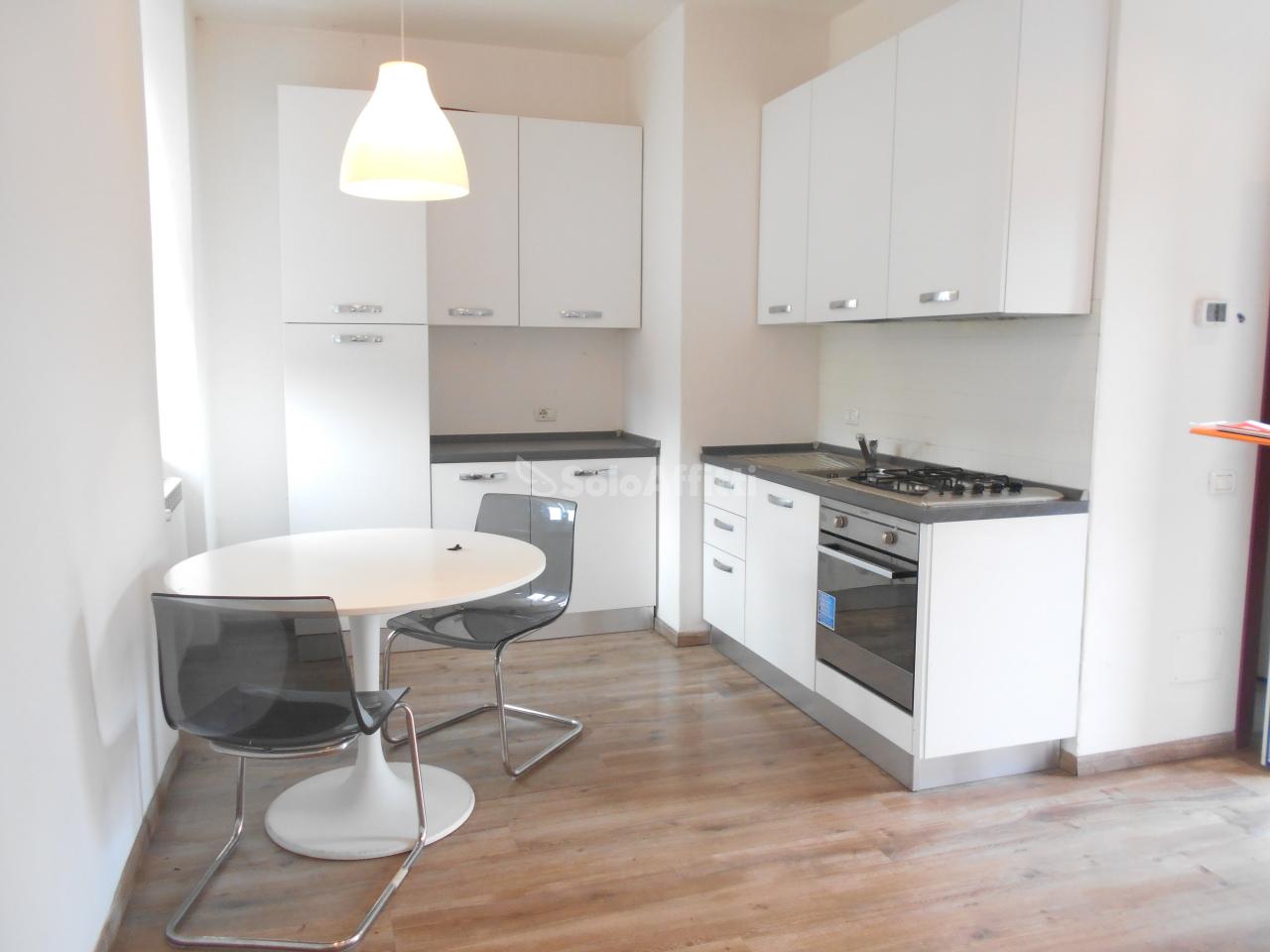 Appartamento in affitto a Cantù, 1 locali, prezzo € 420 | PortaleAgenzieImmobiliari.it