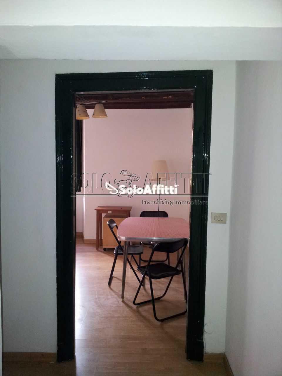 Bilocale ristrutturato arredato in affitto Rif. 11167917