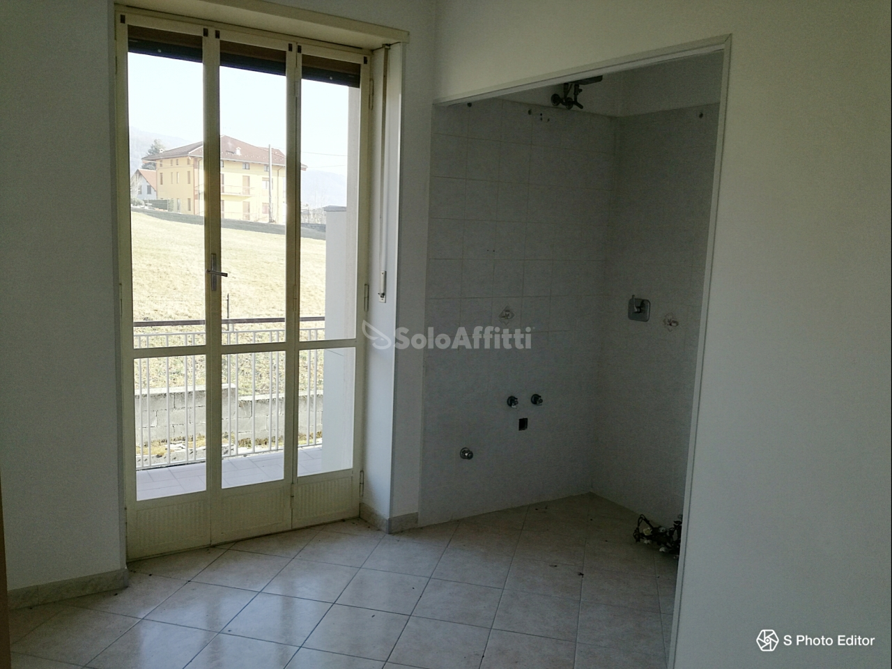 Trilocale in buone condizioni in affitto Rif. 5520156