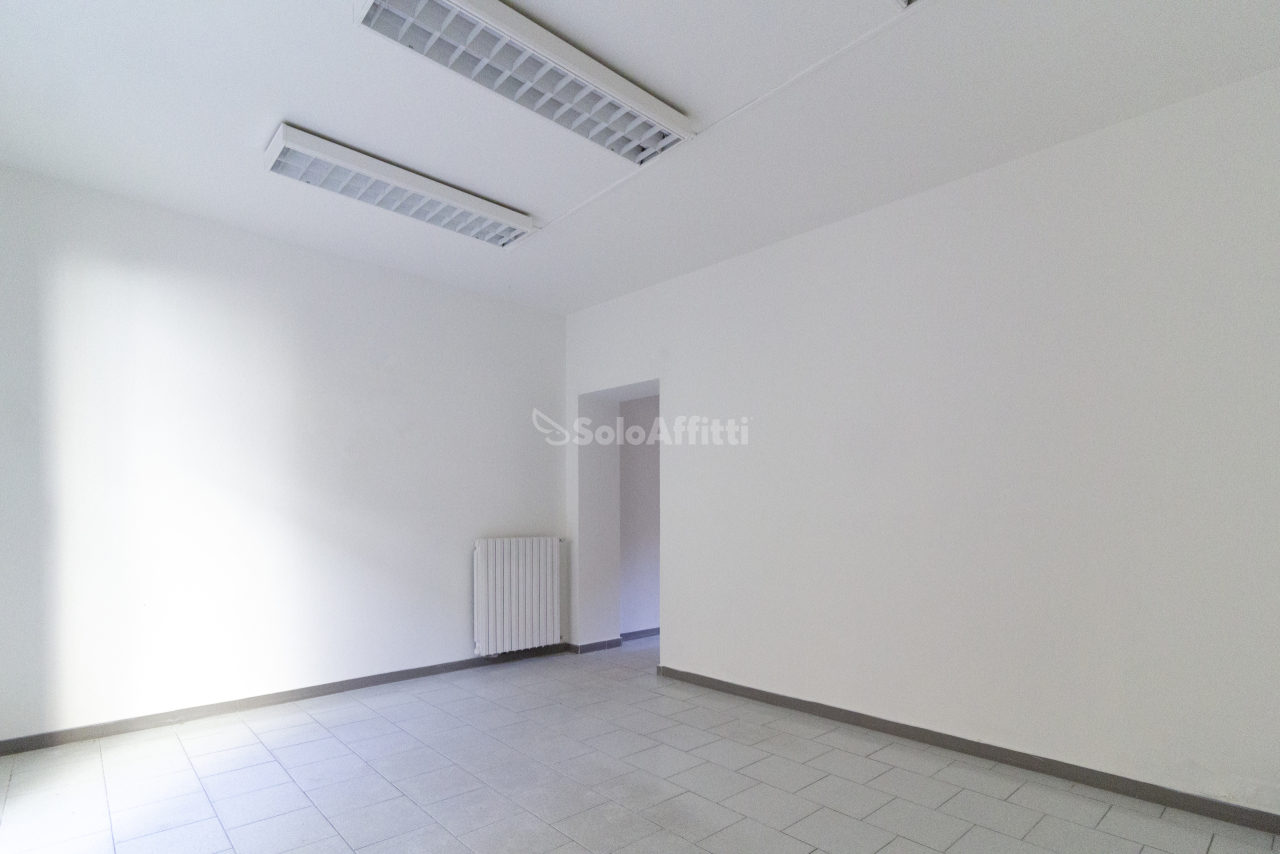 Ufficio / Studio in affitto a Mortara, 2 locali, prezzo € 400 | CambioCasa.it
