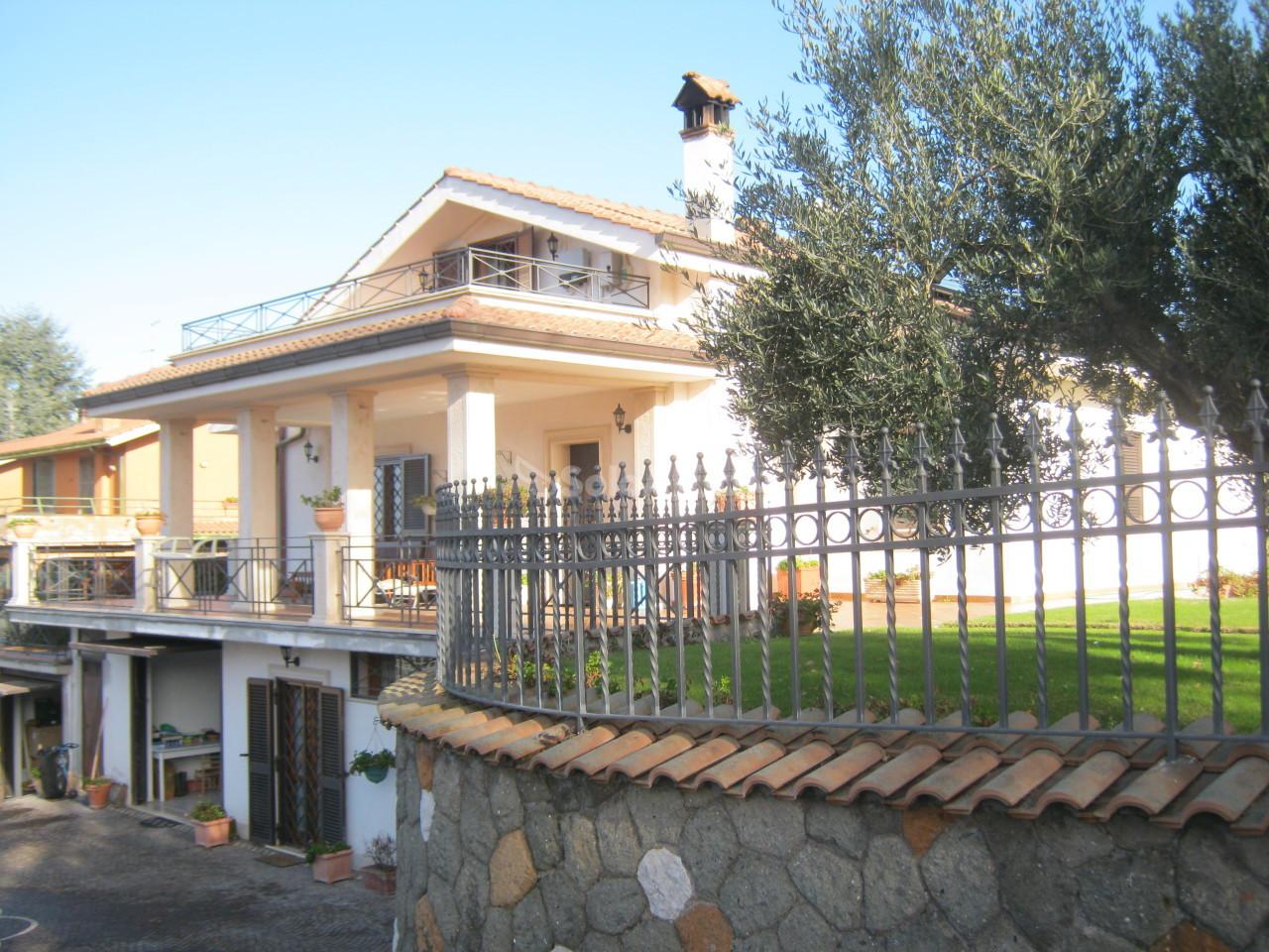 Villa in ottime condizioni in affitto Rif. 4134412