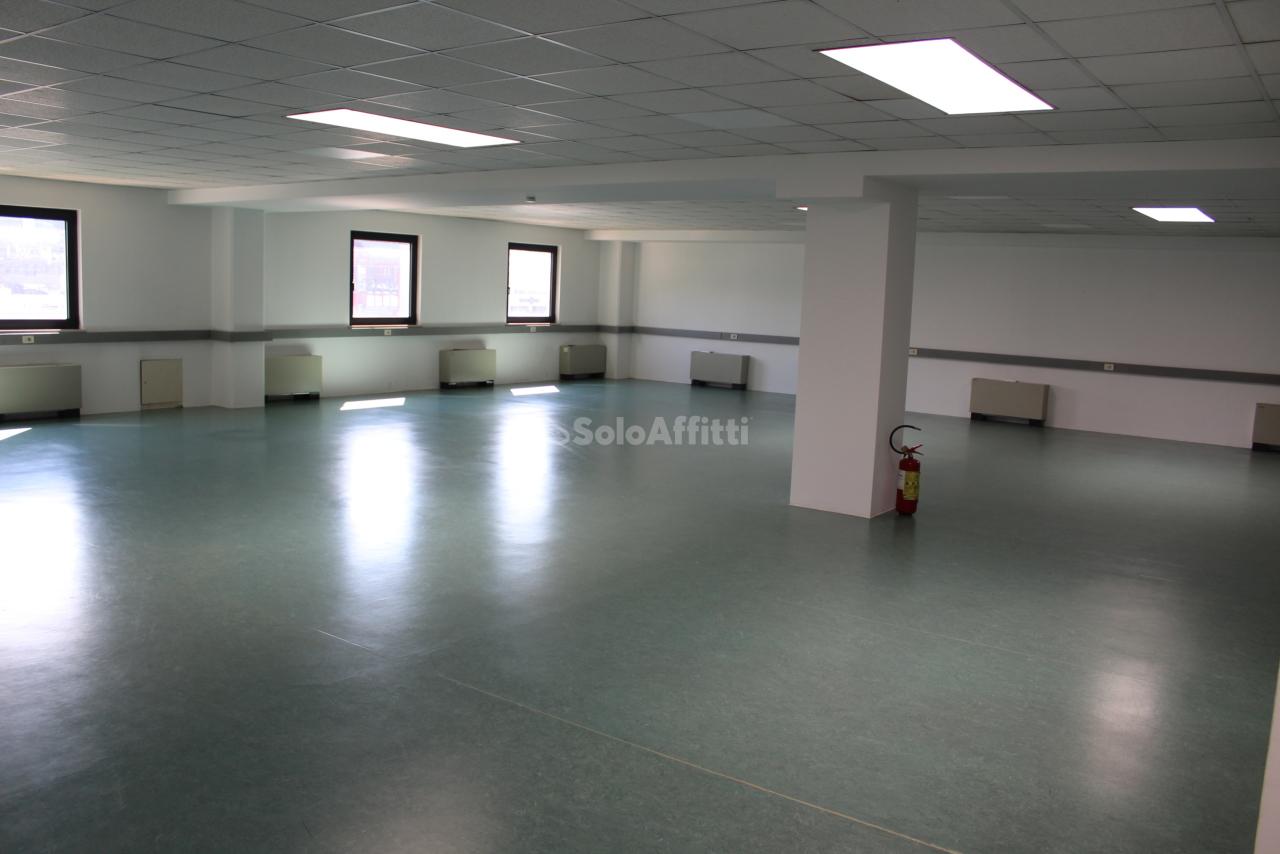 Ufficio / Studio in affitto a Bolzano, 1 locali, prezzo € 1.200 | PortaleAgenzieImmobiliari.it