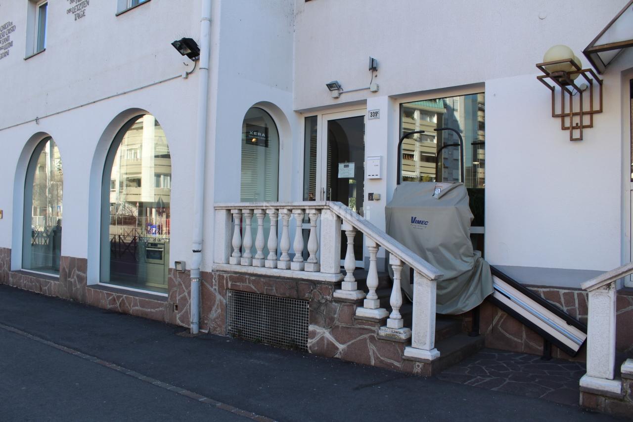 Negozio / Locale in affitto a Bolzano, 3 locali, prezzo € 2.300 | PortaleAgenzieImmobiliari.it