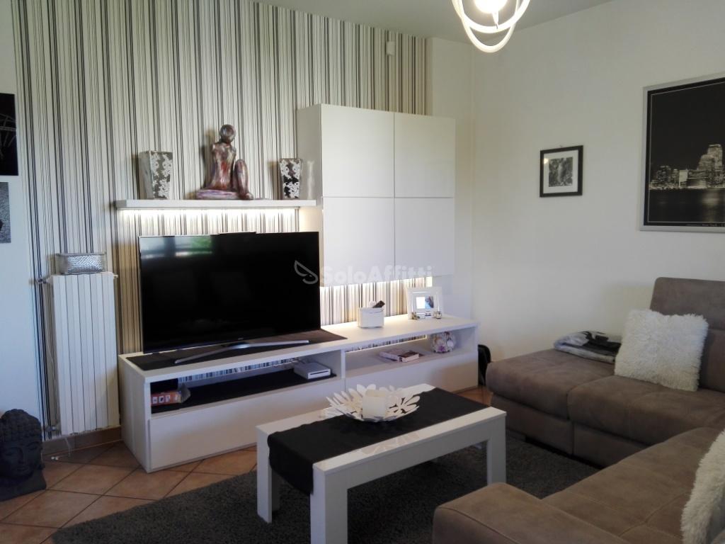 Casa Indipendente in ottime condizioni in affitto Rif. 8920951