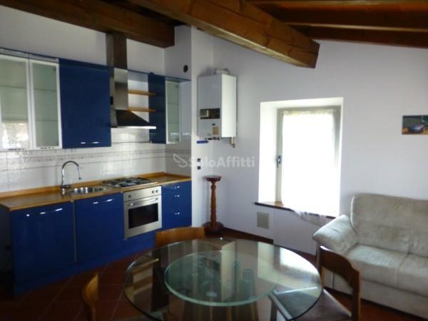 Bilocale in ottime condizioni arredato in affitto Rif. 8844162